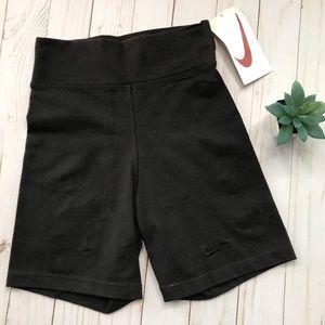 Vintage NIKE Black High Waisted Running Shorts M